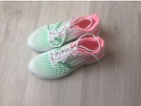 BRAND NEW LADIES ADIDAS TRAINERS SIZE 6 and a half
