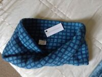 Ladies neck warmer/scarf