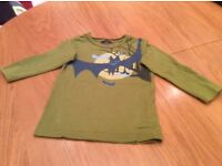 H & M Long Sleeve Top. Age 3-4 years.