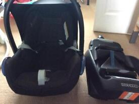 Maxi cosy car seat seat and base