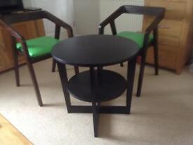 Coffee/ breakfast table & 2 chairs
