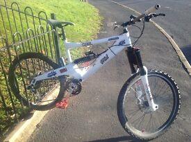 Orange full suspension bike good condtion £750 ono