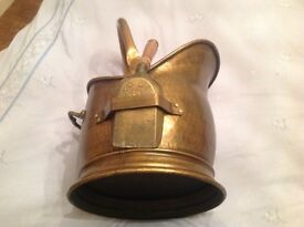 Vintage heavy brass coal scuttle & shovel all handles pinned all with a strong fix