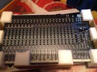 ALTO 2404 Mixer