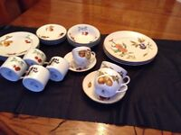 Lot of Royal Worcester tableware, 22 pieces for £20