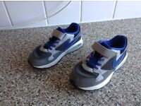 Boys Nike Air Max UK Size 12