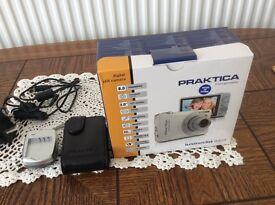 practical digital camera model 8403 almost new
