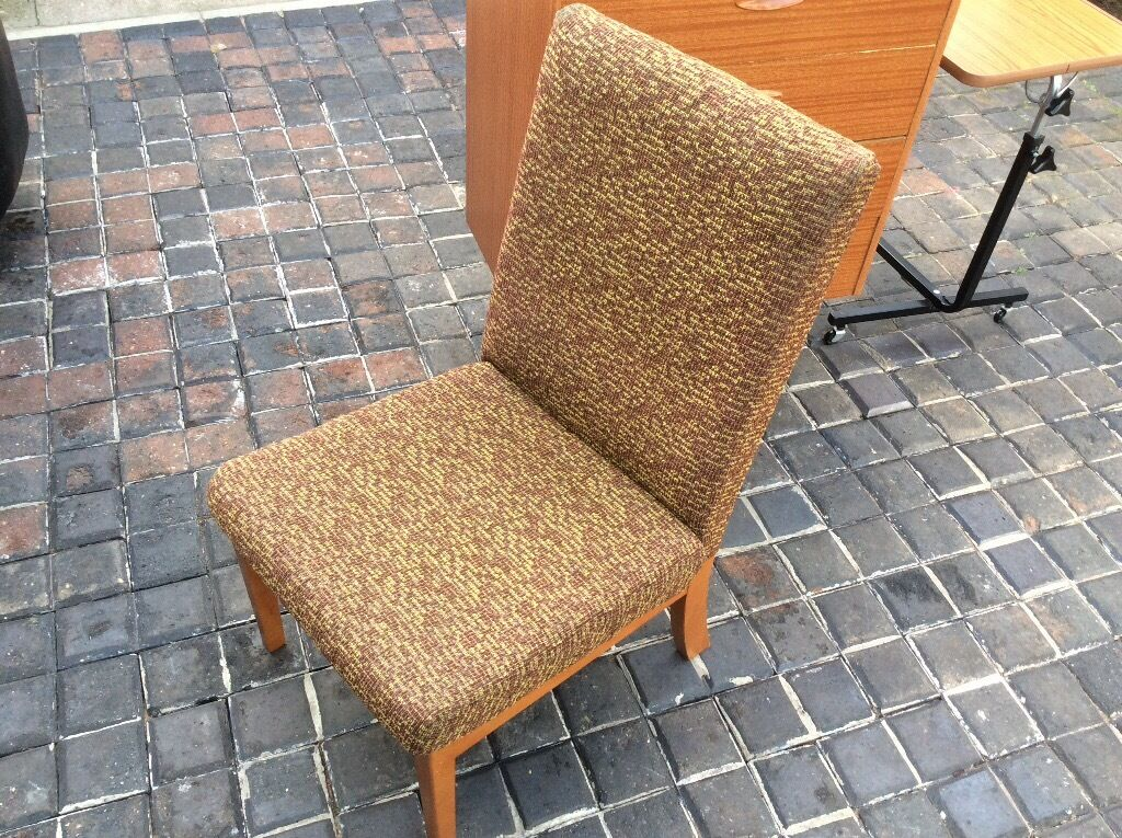 FREE FREE FREE CHAIRin Great Yarmouth, NorfolkGumtree - FREE CHAIR TAKE A LOOK AT MY OTHER FREE ITEMS AND ALSO SOME CHEAP FURNITURE GOOD LUCK