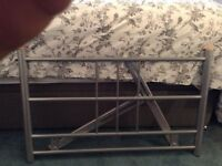 SINGLE SILVER FRAMED HEADBOARD