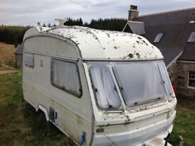 Avondale Wren 2 birth caravan - spares or repair -FREE