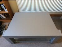 Gorgeous TV/Living Room table! Great condition!