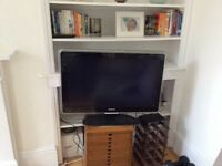Philips Ambilight 32PFL9613D TV plus free Manhattan set top box