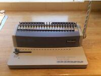 Fellowes PB55 comb binder