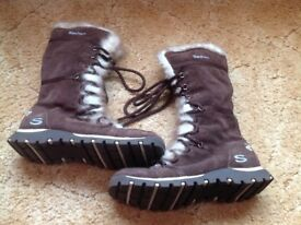 Skechers brown boots with fur trim. Size 3