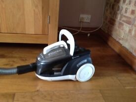 Russell Hobbs bag less Hoover cylinder style good working order picks up well