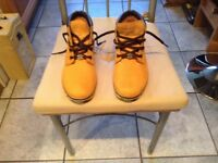 Timberland women s Nellie ankle boots size 5 in light tan colour new condition £25