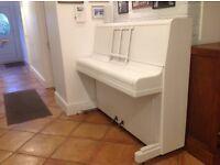piano free Buyer to take away