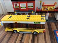 Lego 7641 corner shop, bus stop and bus