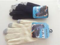 Ladies touch screen gloves. New. 204 pairs