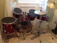 DRUM KIT AS SHOWN IN PHOTO