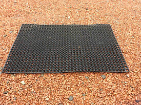 Rubber matting (for wheelchairs etc), 1m by 1.5m - used, good condition.