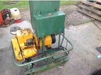 Briggs and Stratton auto mains generator 1.5 KVA,petrol