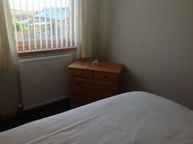 Double room newly decorated In a quiet location.