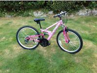 Girls Bike - 24inch wheels, 7-11 yrs approx