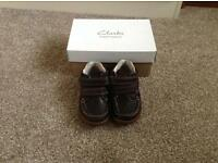 Boys first shoes size 5