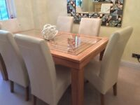 Solid oak&glass moder 6 seater table , 6 chairs and oak cabinet