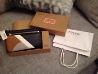 FOSSIL PURSE BRAND NEW