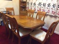 Beautiful stylish decorative teak 6 seater extendable dining table - only £140!