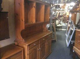 Reduced. Vintage pine Welsh dresser
