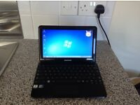 Samsung NC110 netbook with windows 7