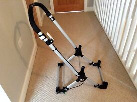 BUGABOO CAMELEON 2 CHASSIS. VERY FEW MARKS-IN EXCELLENT CONDITION.