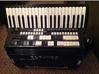 Elkavox 83 piano accordion with midi. Nice scottish musette
