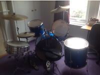 Beginners Full Drum Kit with full set of cymbals and drums and stool
