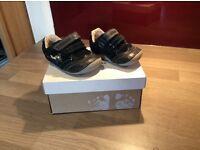 Toddler shoe bundle size 2,3,4 (x5 pairs)