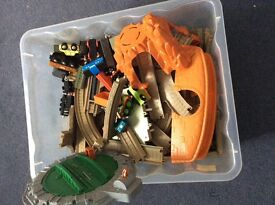 Thomas Trackmaster Big Box with trains - great condition!