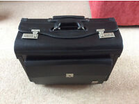 Large leather briefcase / document holder / luggage case / flight bag