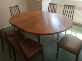 Dinning Room Table with 6 chairs.