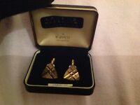 Men's diamond cut gold cuff links