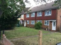 2 Bed Maisonette TW15 - close to schools and parks comes with parking, front garden, loft