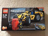 LEGO 42049 Mine Loader and Mine cutting machine