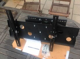"""Twin arm cantilever bracket suitable for TVs 35"""" 70"""""""