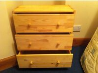 Small Chest of Drawers (3) £20 ono