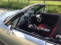 Mazda MX5 o
