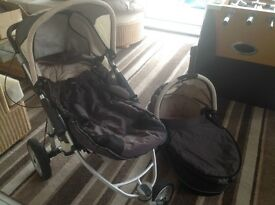 Quinny off road buggy with carry cot and footmuff