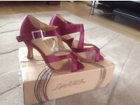 Girls Ballroom/ Latin Dance Shoes (NEW)