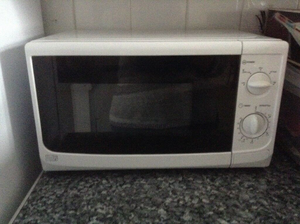 Basic Small White Microwave In Bognor Regis West Sussex
